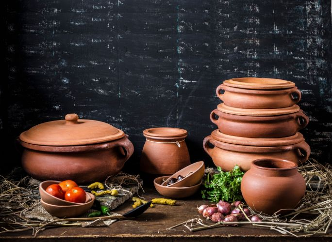 Wide Angle shots of Clay Pots2