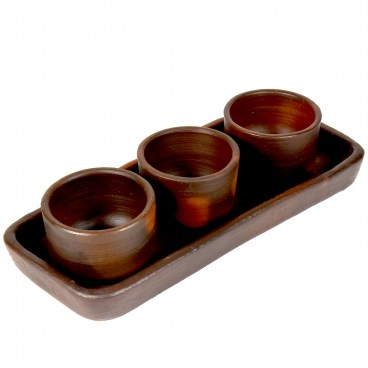 Pomaireware Rectangular Clay Tray with Conical Condiment Bowls